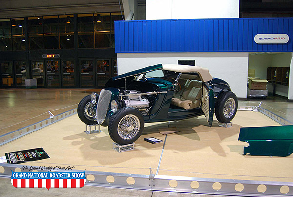 2009 America's Most Beautiful Roadster Outstanding Class Award - 1933 Ford Roadster - Bob Rosenthal