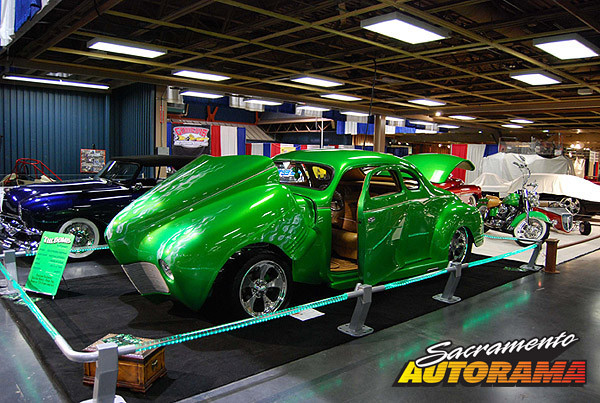 2009Sam Barris Memorial Award - 1941 Plymouth Coupe - Isie Quistian